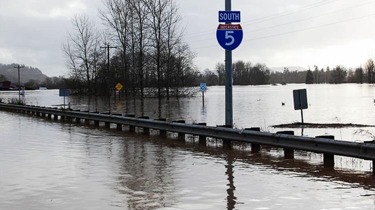 Flood I5 Centralia